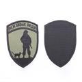 Шеврон KE Tactical Вежливые люди форма Щит 7х10,5 см олива/черный - фото 12739